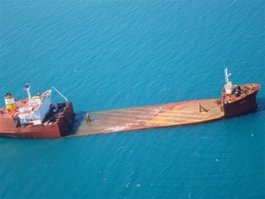 """FALCON"" ballasting to loading draft"